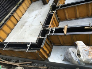 底盤部分のコンクリート打設